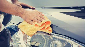 20 astuces pour nettoyer efficacement votre voiture