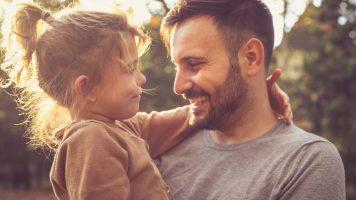 Padre e hija se toman la misma foto durante 14 años - El final te conmoverá